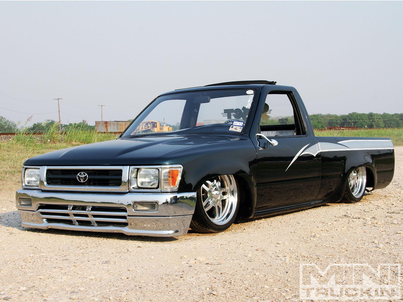 1994 Toyota Pickup Image 4