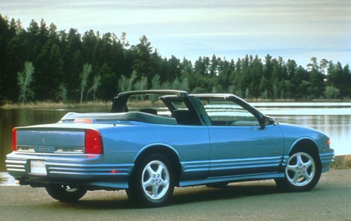 1994 Oldsmobile Cutlass S exterior #10