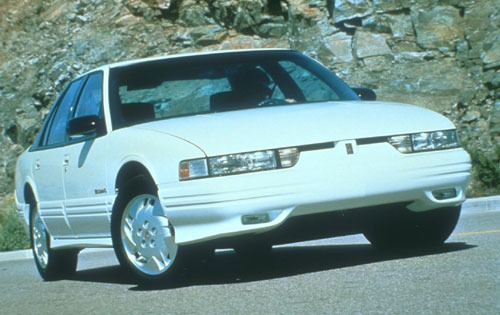 1994 Oldsmobile Cutlass S exterior #2