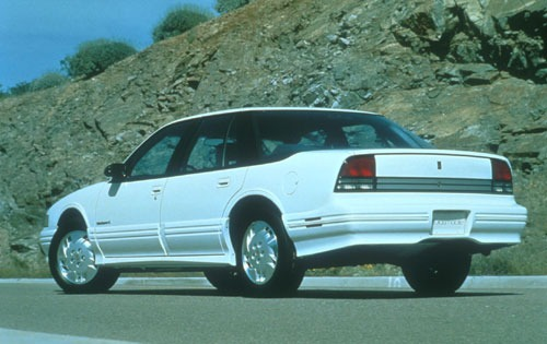 1994 Oldsmobile Cutlass S exterior #9