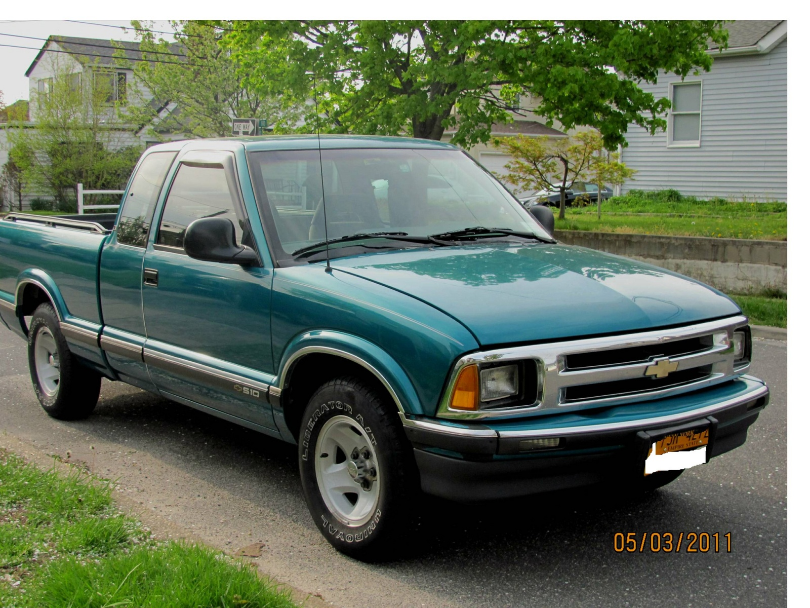 1995 chevrolet s 10 information and photos zombiedrive. Black Bedroom Furniture Sets. Home Design Ideas