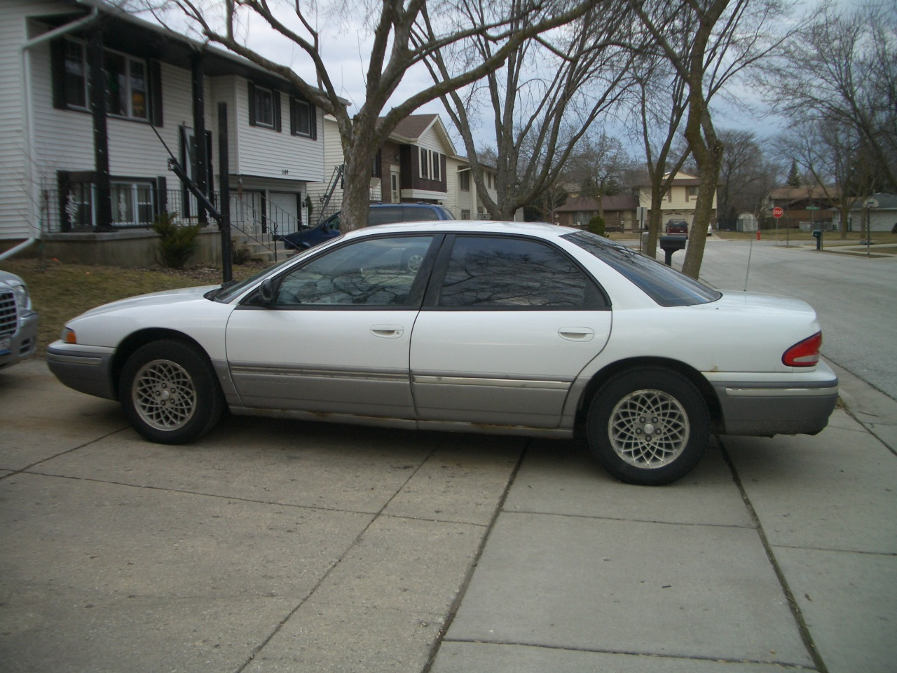 Chrysler Concorde #6