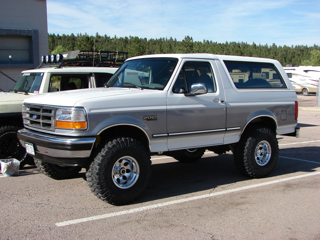 Ford Bronco #10