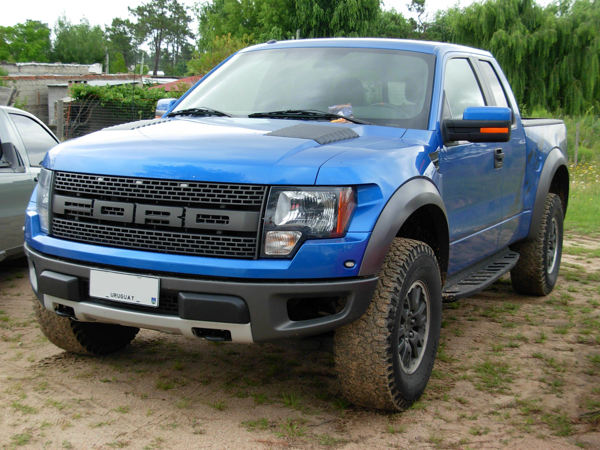 Ford F-150 SVT Lightning #8