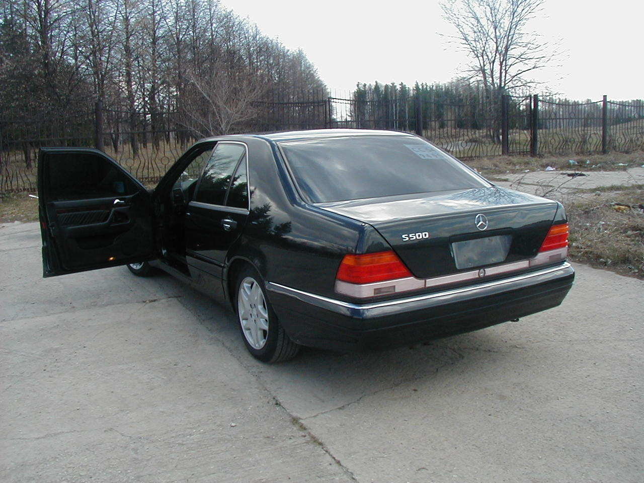 1995 mercedes benz s class information and photos for Mercedes benz 1995