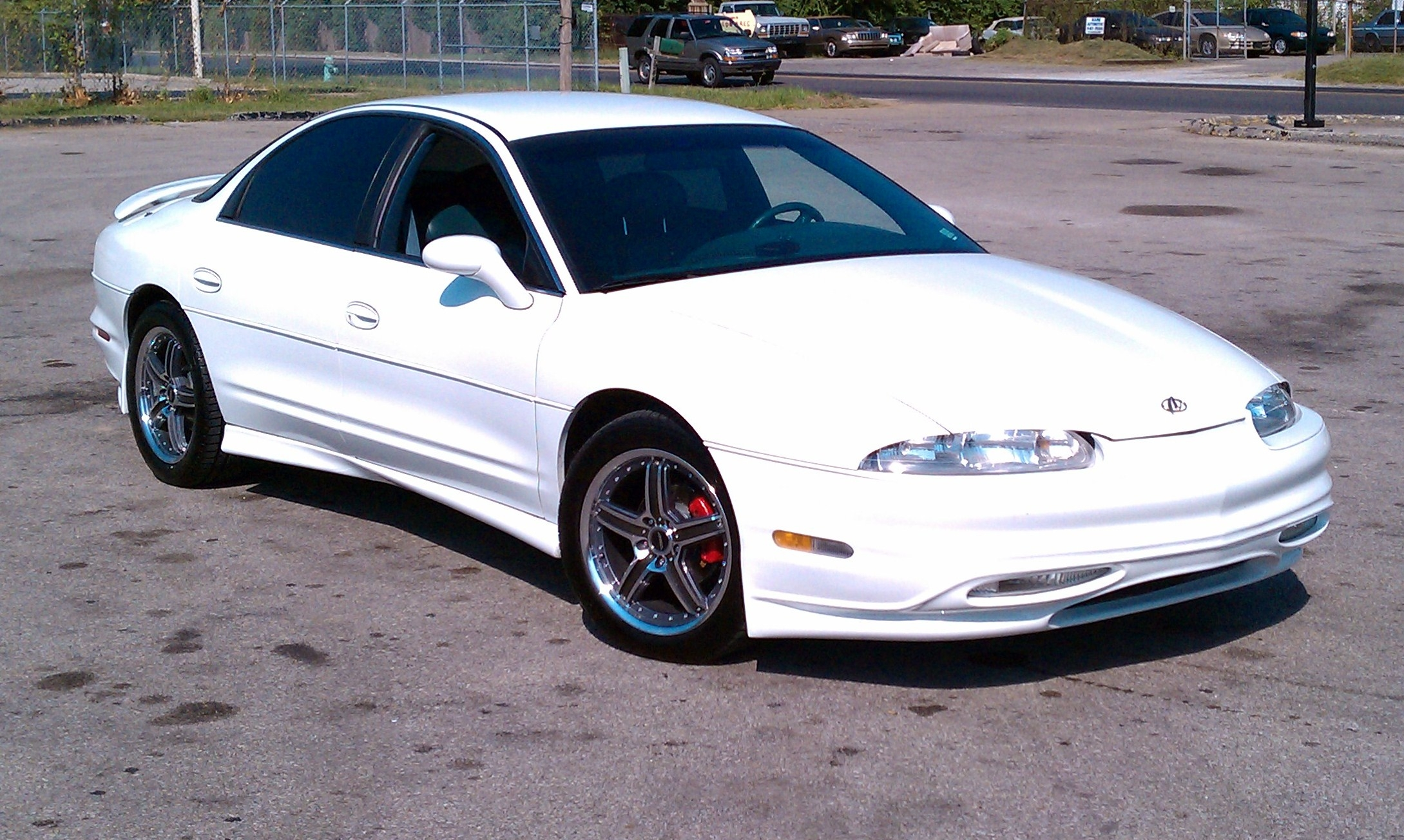 1995 Oldsmobile Aurora - Information and photos - ZombieDrive