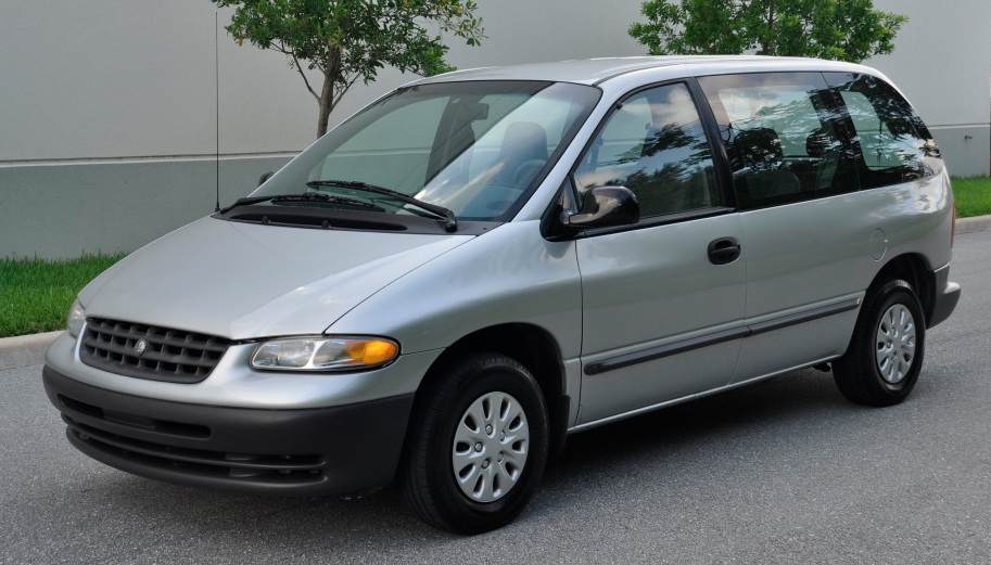 Plymouth Grand Voyager #10