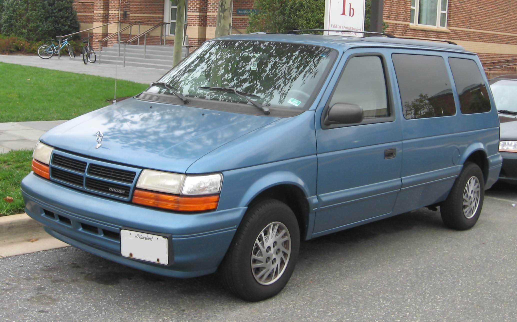 Plymouth Grand Voyager #16