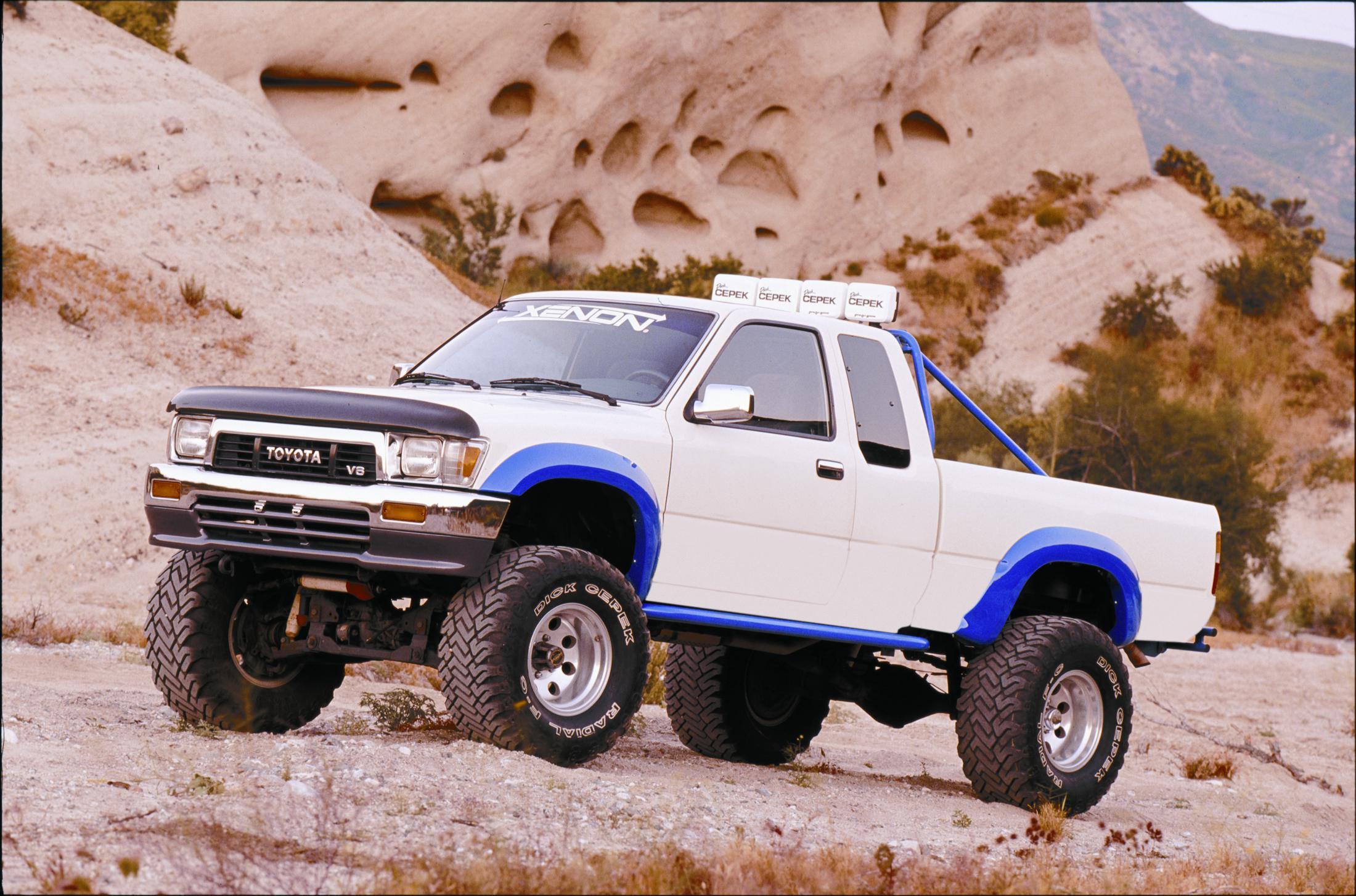 1995 Toyota Tacoma Information And Photos Zombiedrive