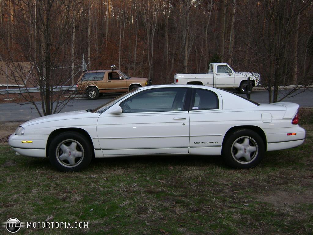 1996 Chevrolet Monte Carlo 10