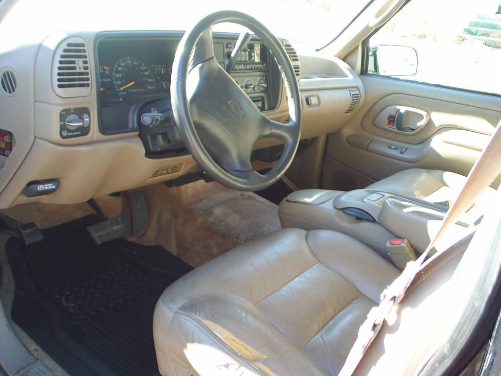 1996 Chevrolet Suburban 6
