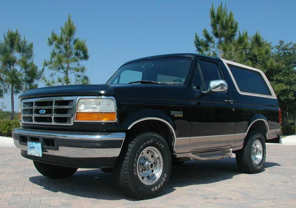 1996 ford bronco information and photos zombiedrive. Black Bedroom Furniture Sets. Home Design Ideas