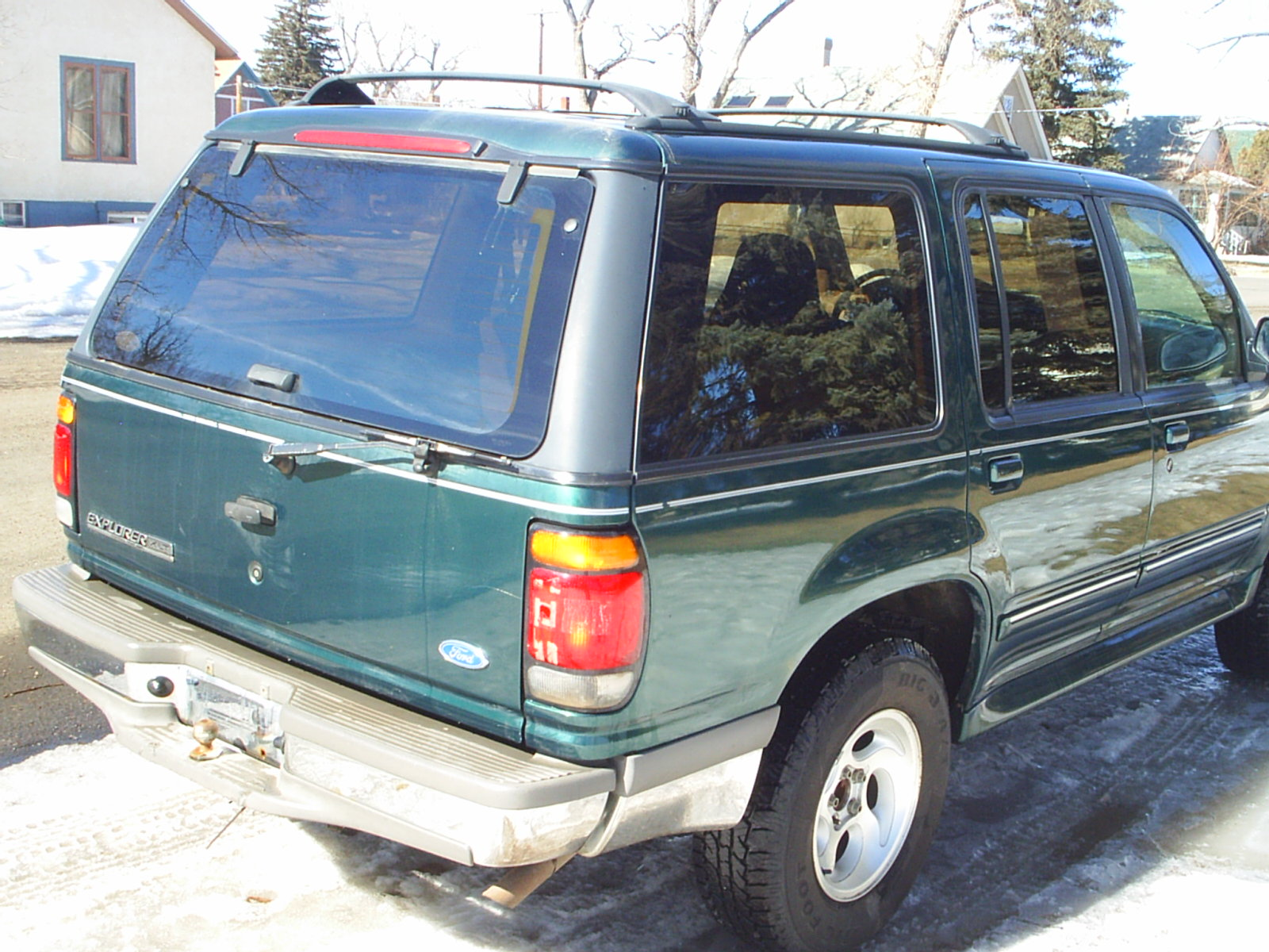 1996 ford explorer image 12