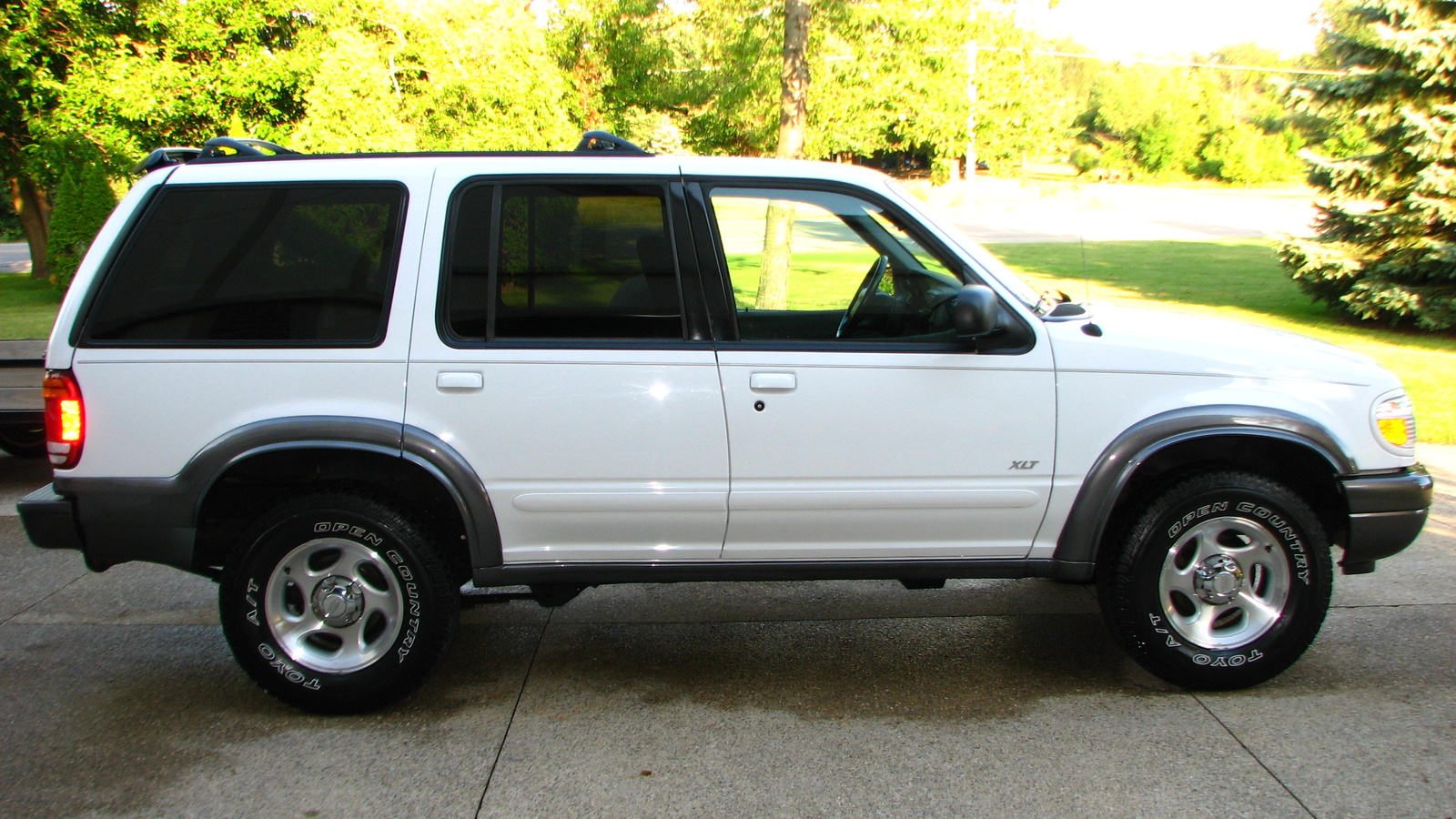 1996 ford explorer image 15