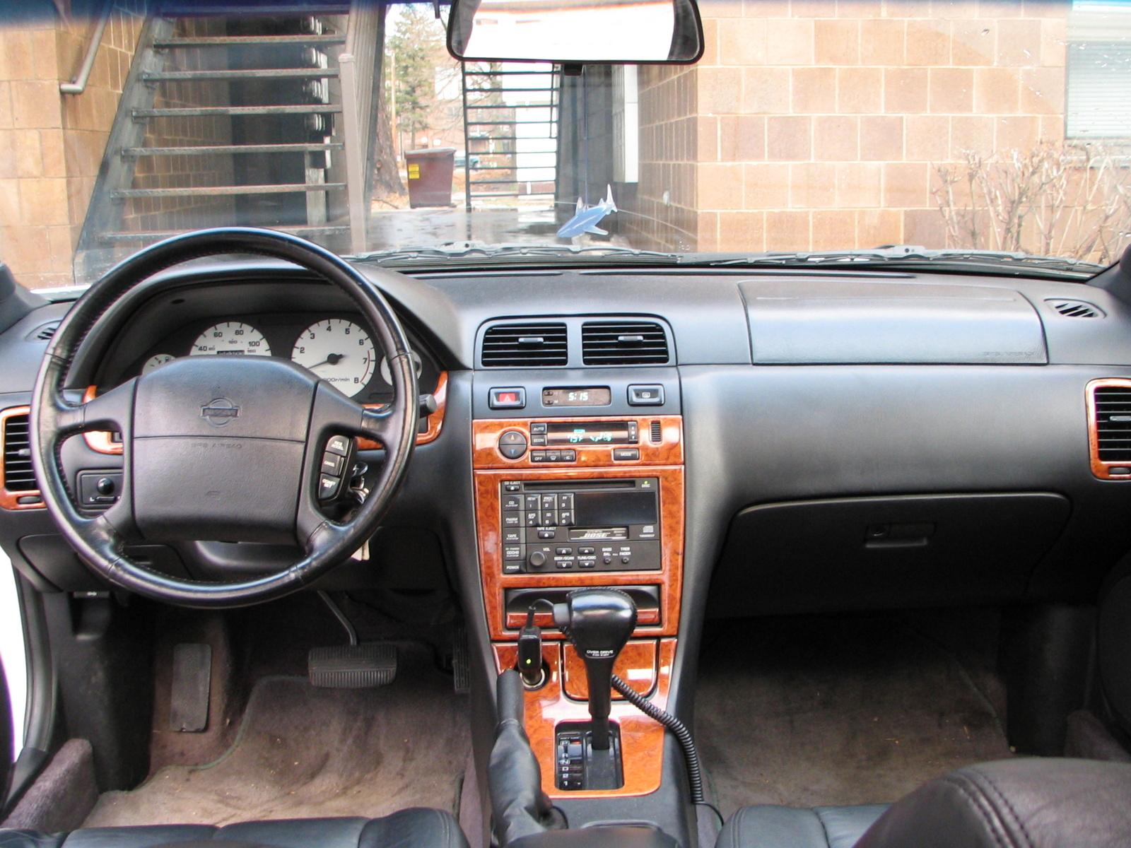 1996 Nissan Maxima 4