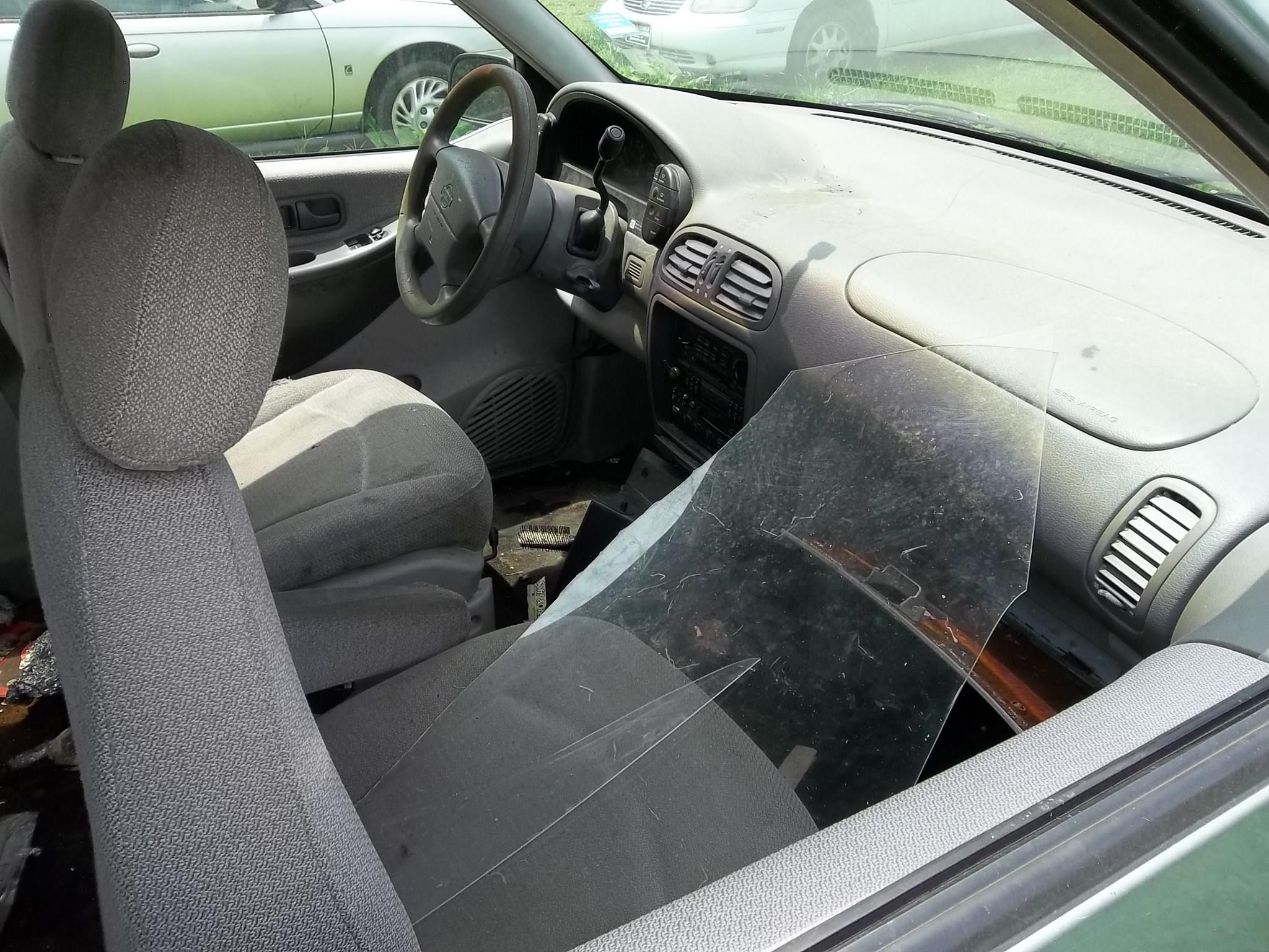 1996 Nissan Quest Image 9