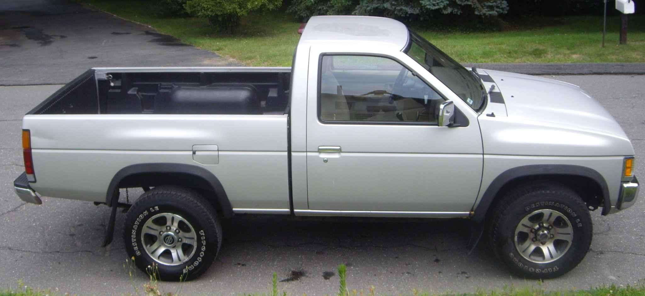 1996 Nissan Truck 12