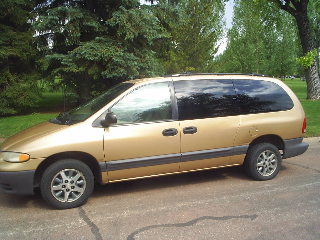 Plymouth Grand Voyager #12