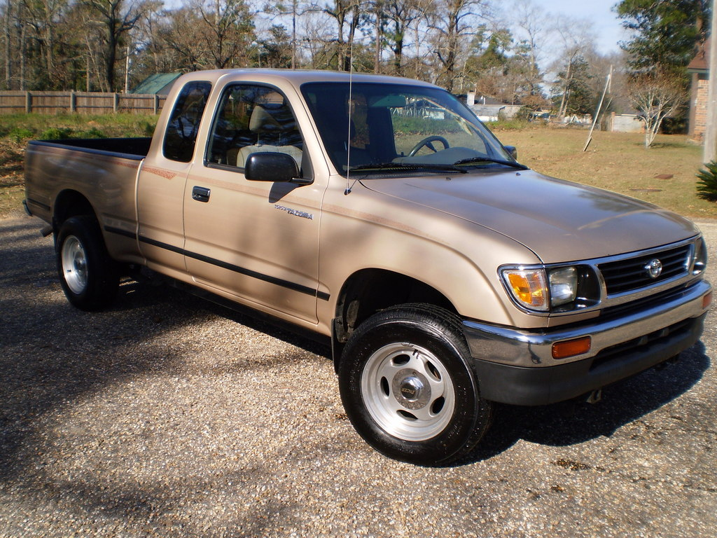 1996 toyota tacoma information and photos zombiedrive. Black Bedroom Furniture Sets. Home Design Ideas