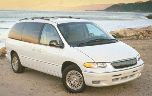 1996 Chrysler Town and Co exterior #2