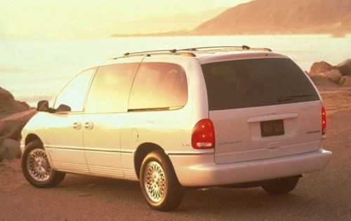 1996 Chrysler Town and Co exterior #3