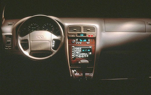 1996 Infiniti I30 4 Dr To interior #4