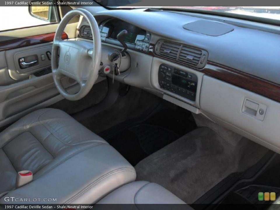 1997 Cadillac Deville Image 9
