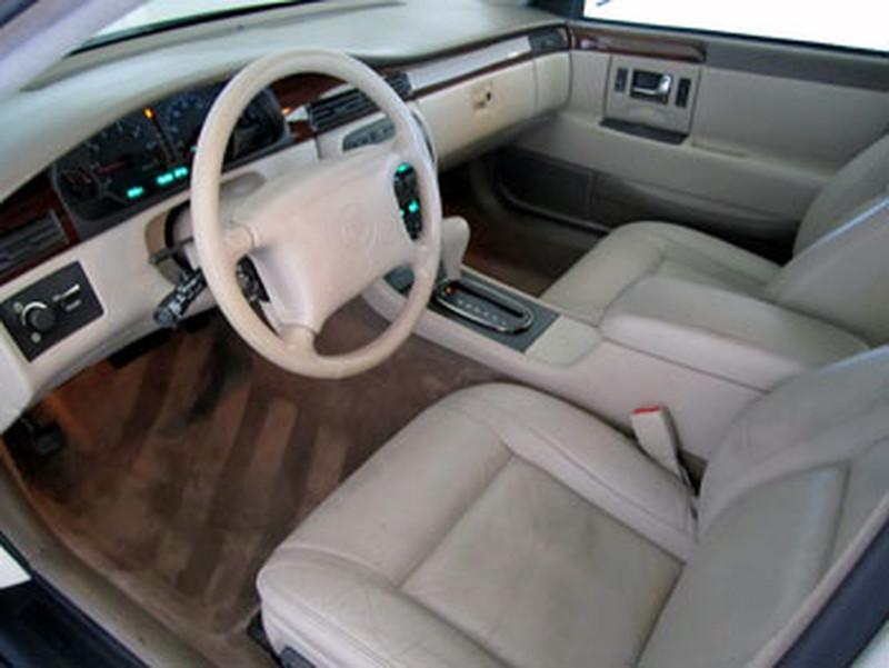 1997 Cadillac Seville Image 12
