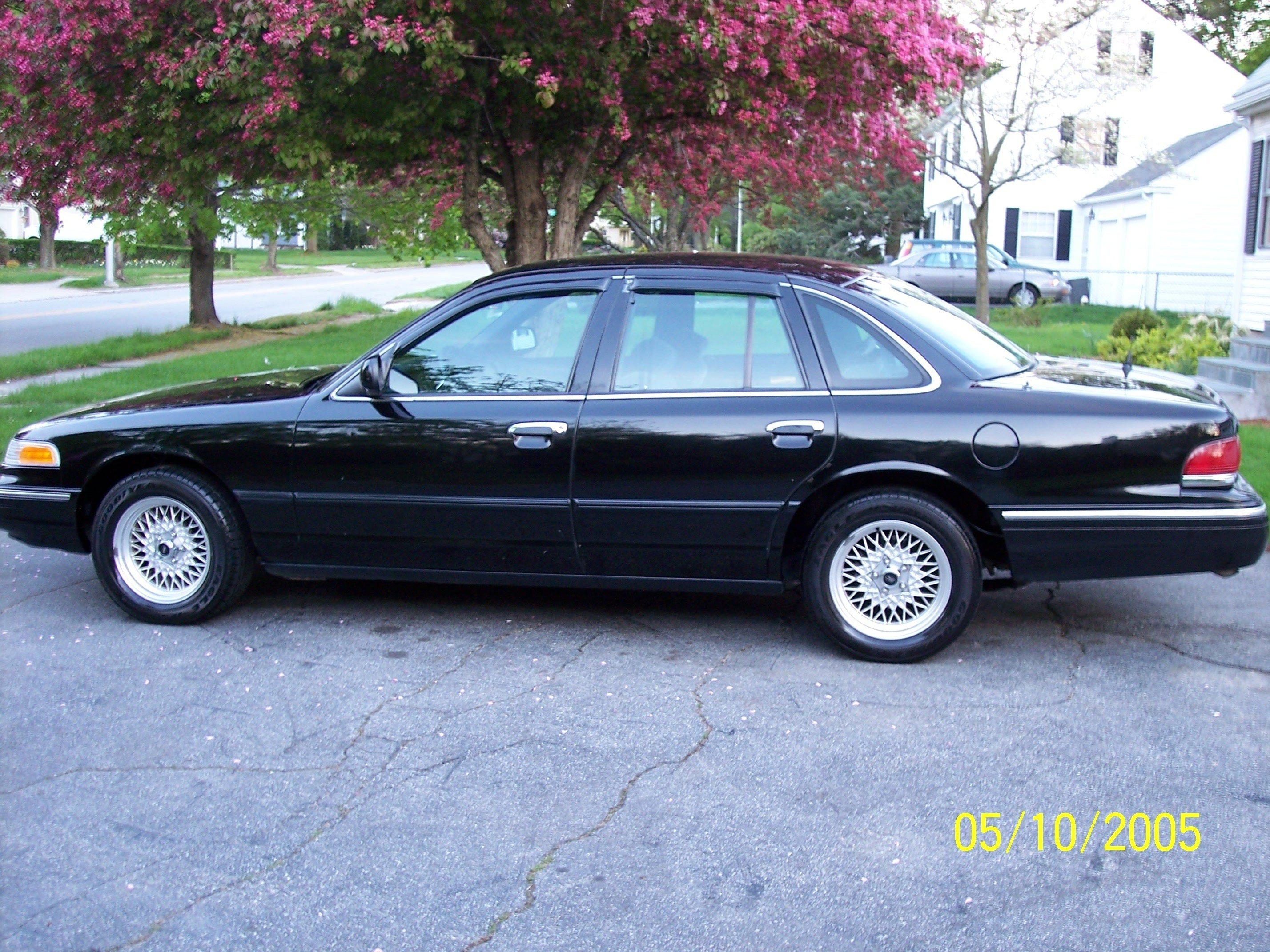 1997 ford crown victoria 11 ford crown victoria 11