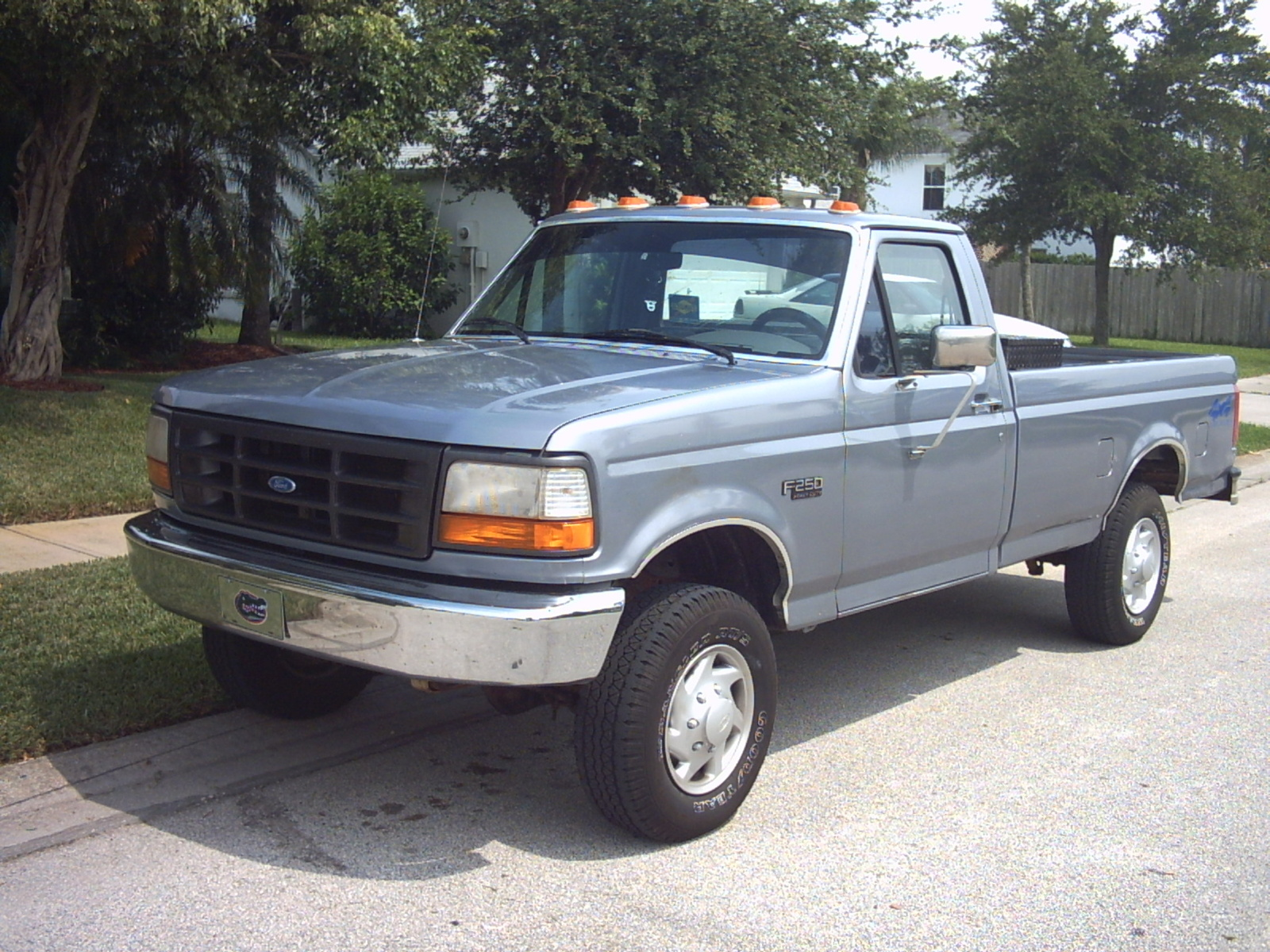 1997 ford f 250 information and photos zombiedrive. Black Bedroom Furniture Sets. Home Design Ideas