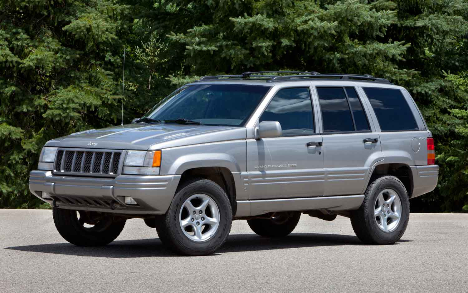 Cars For Sale Under 1000 >> 1997 Jeep Grand Cherokee - Information and photos - ZombieDrive
