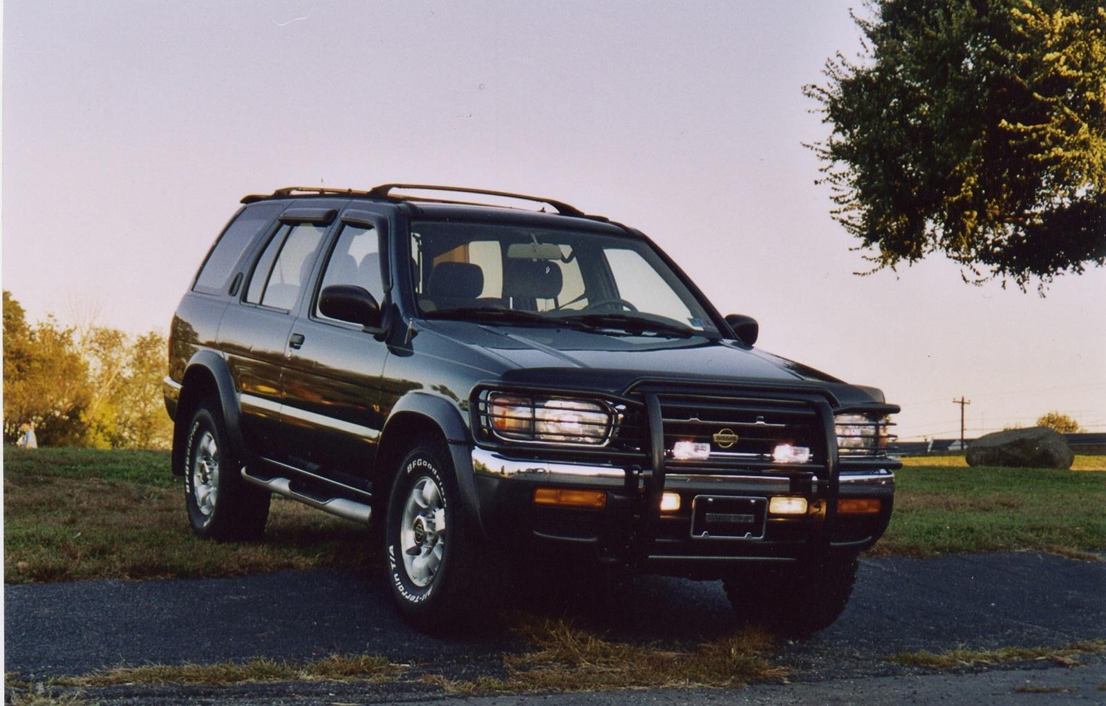 1997 Nissan Pathfinder 3