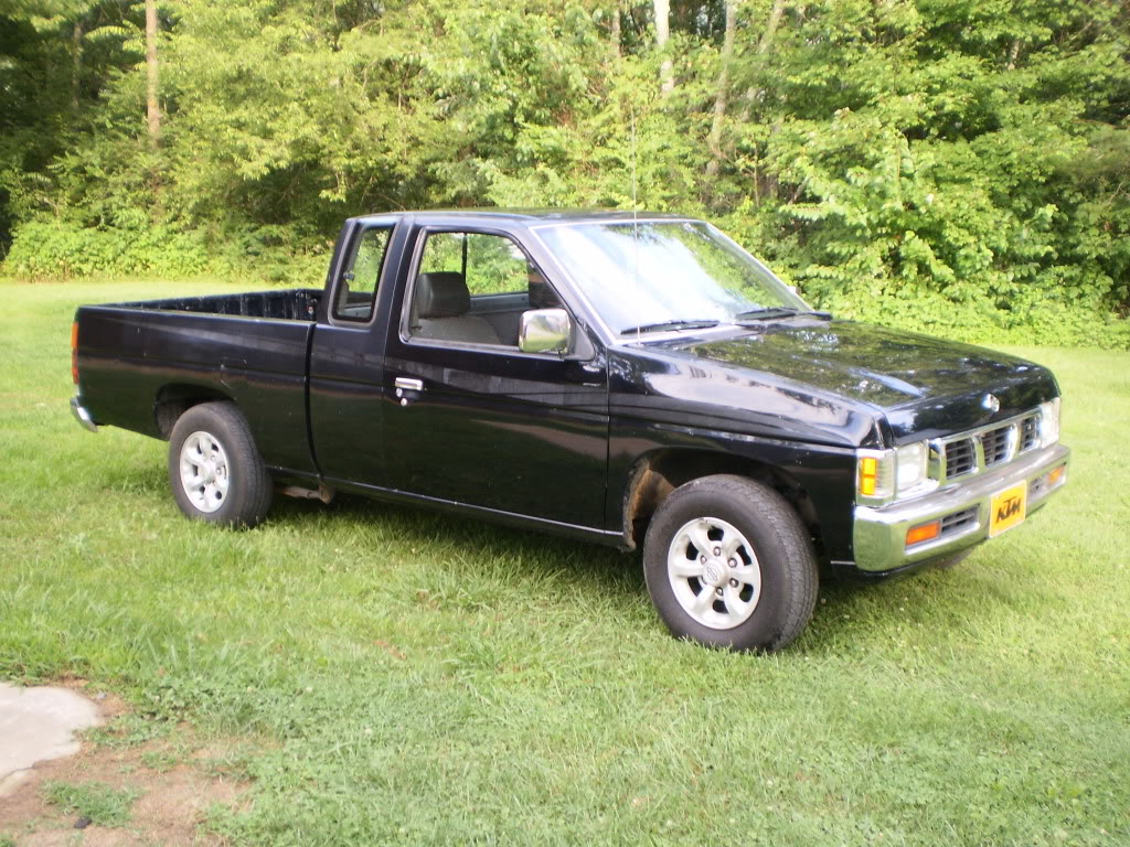 1997 Nissan Truck 4