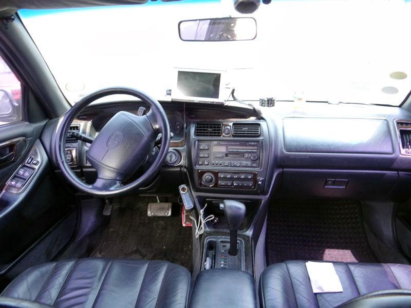 1997 Toyota Avalon Image 8