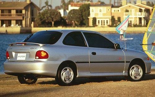 1999 Hyundai Accent Image 5