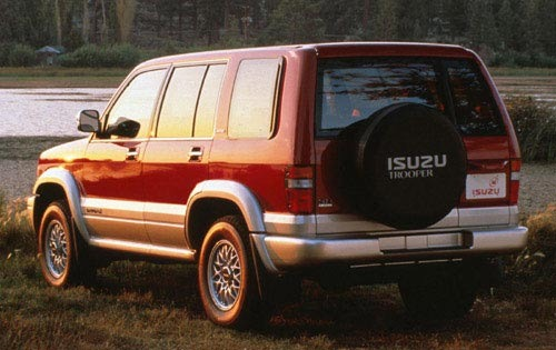 1998 Isuzu Trooper 4 Dr S interior #2