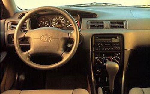 1997 Toyota Camry 4 Dr LE interior #5