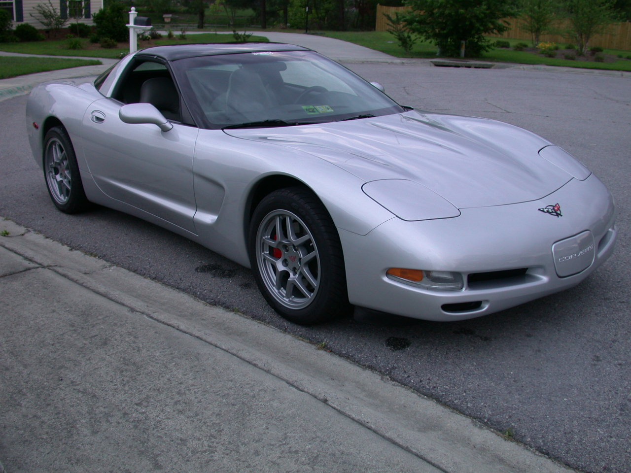1998 chevrolet corvette - information and photos - zombiedrive