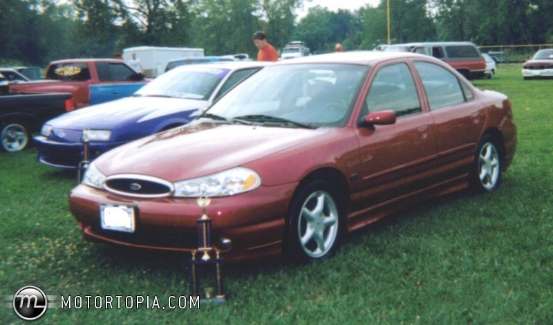 Ford Contour #10