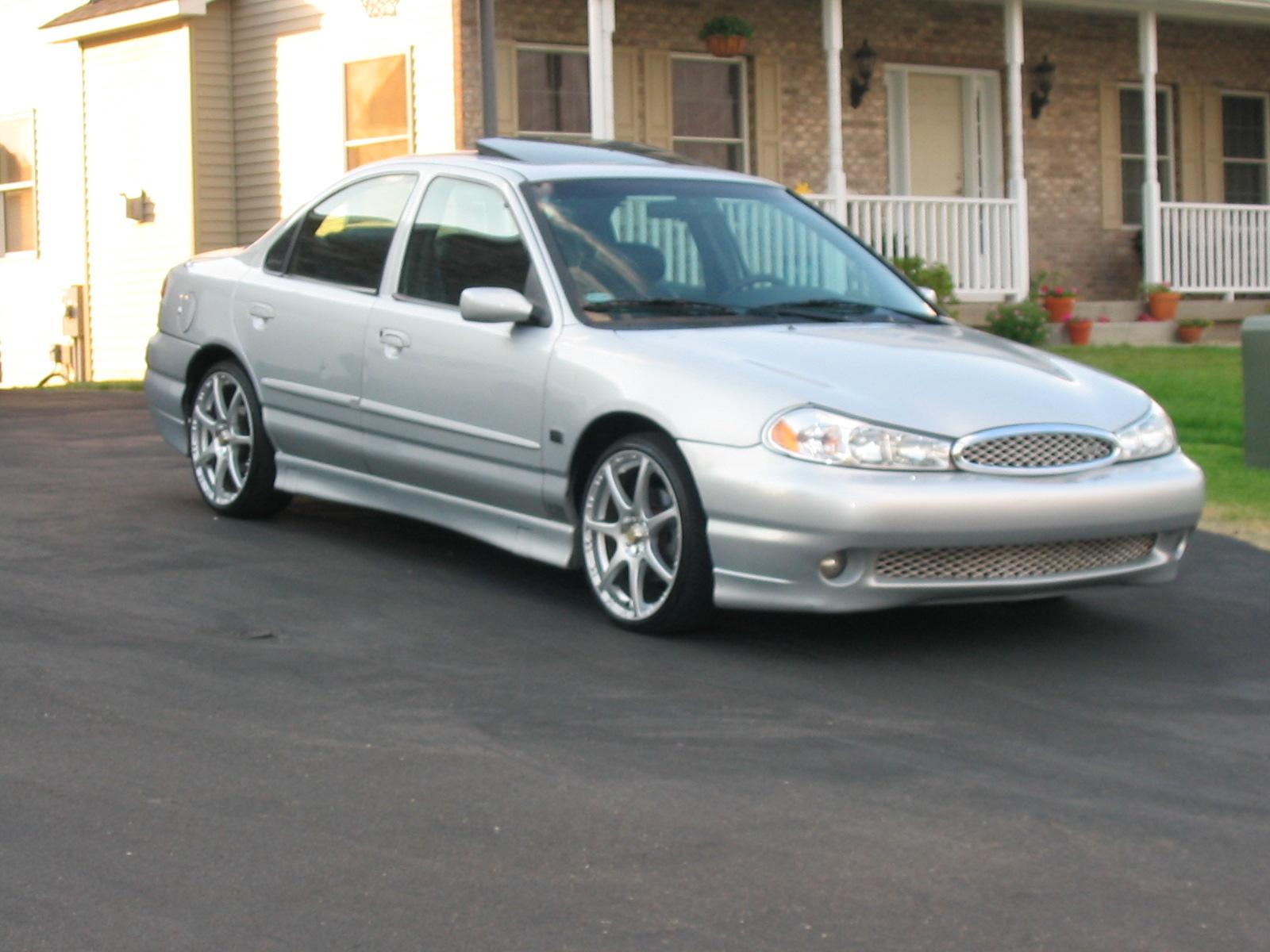 Ford escort svt