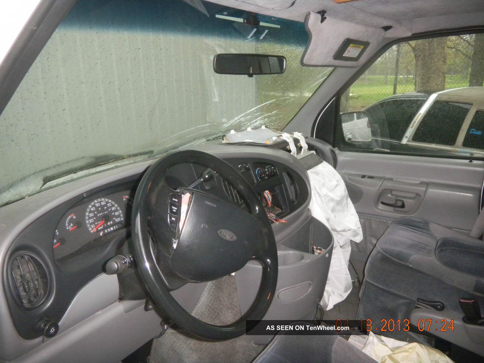 1998 Ford E 150 11