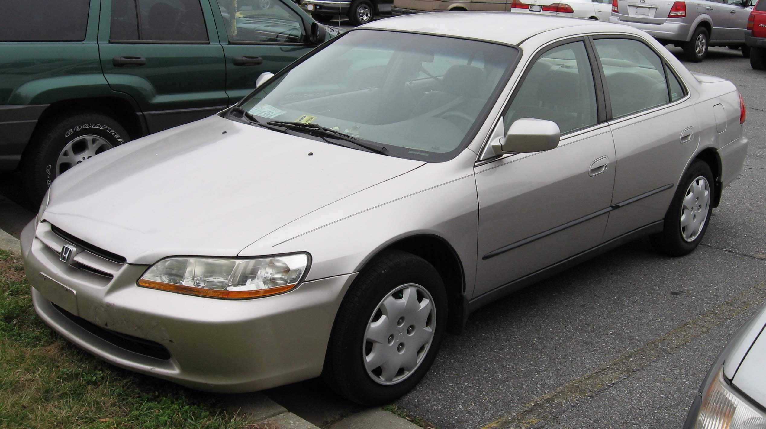 1998 Honda Accord Image 4