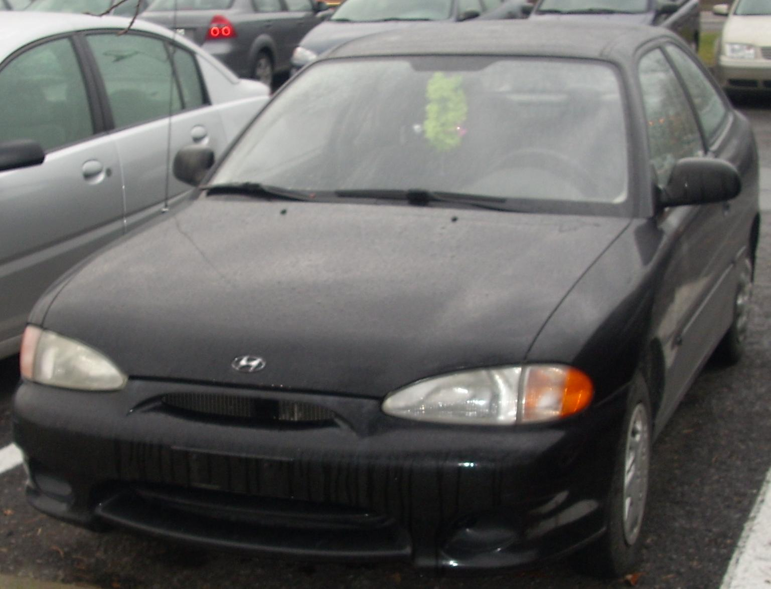 1998 Hyundai Accent 10