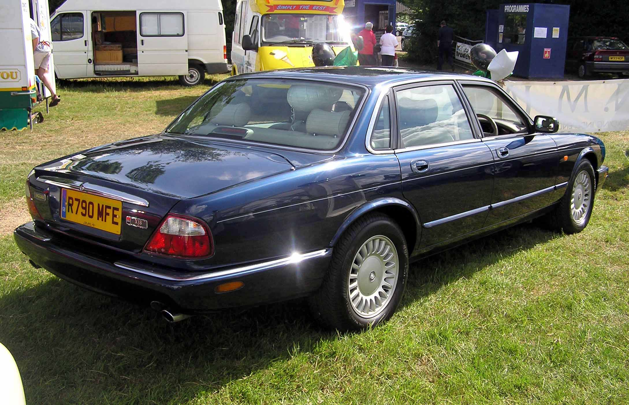 Jaguar XJ-Series #7