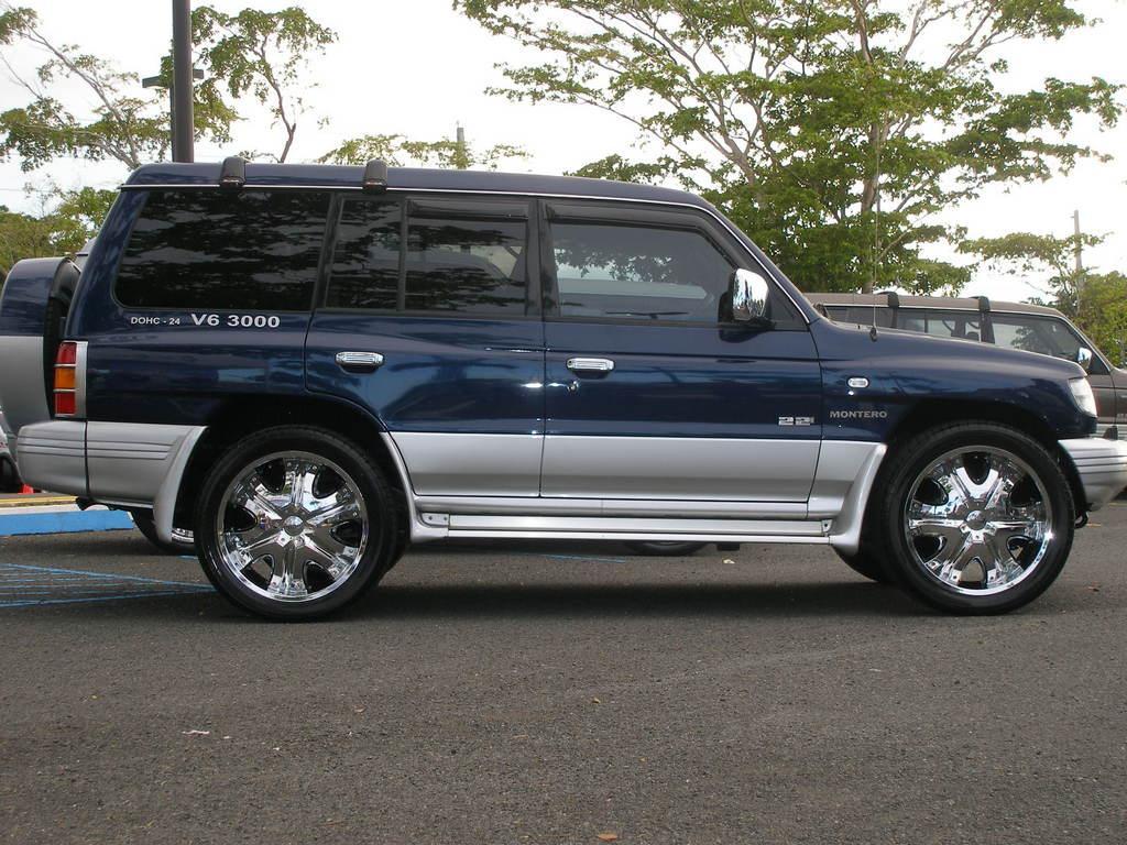 1998 Mitsubishi Montero - Information and photos - ZombieDrive