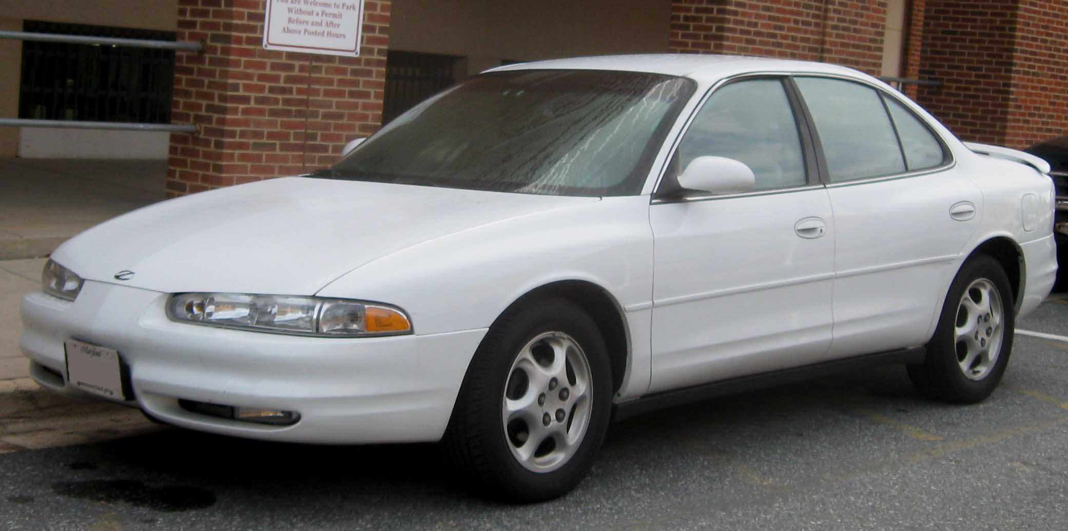 Oldsmobile Intrigue #8