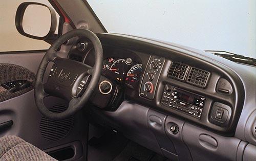 2001 Dodge Ram Pickup 2500 Image 7