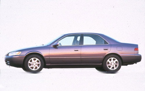 1998 Toyota Camry 4 Dr LE exterior #4