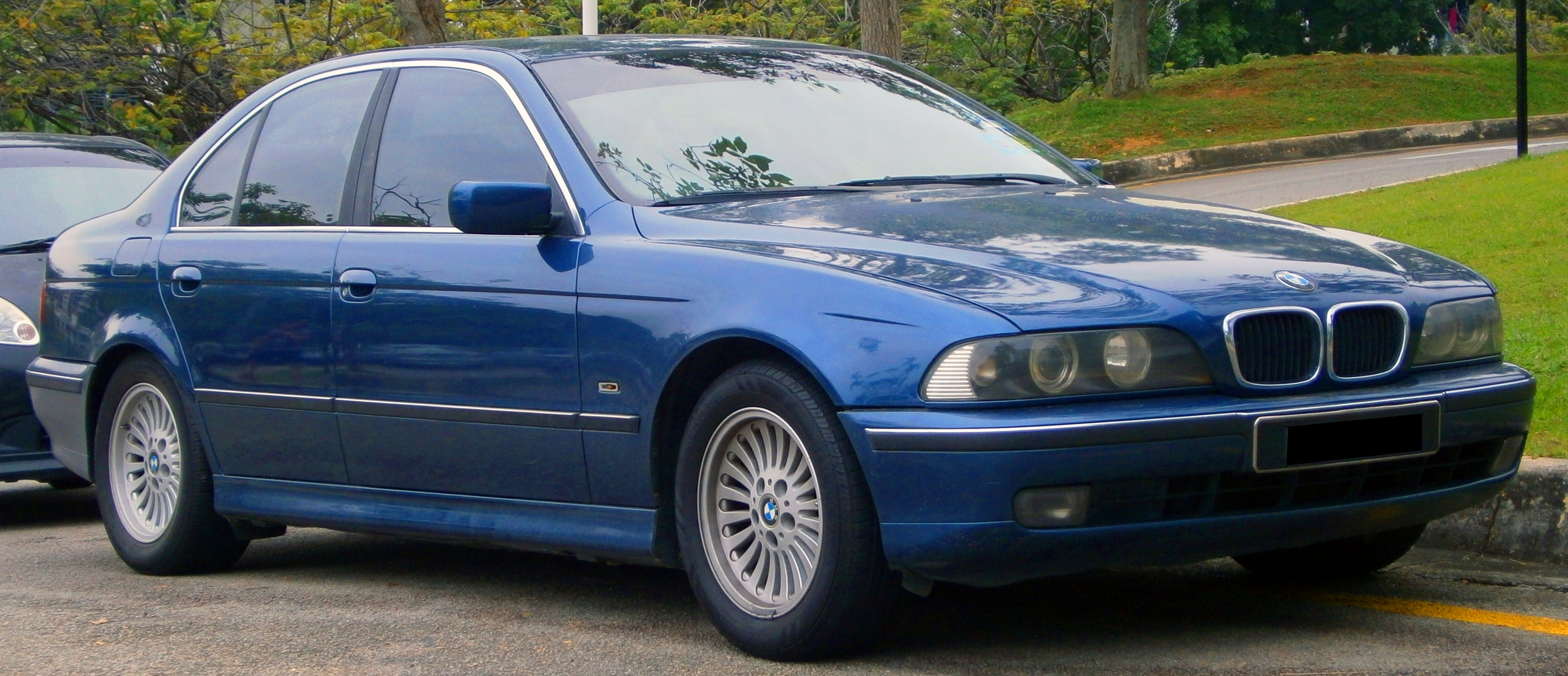1999 BMW 5 Series - Information and photos - ZombieDrive
