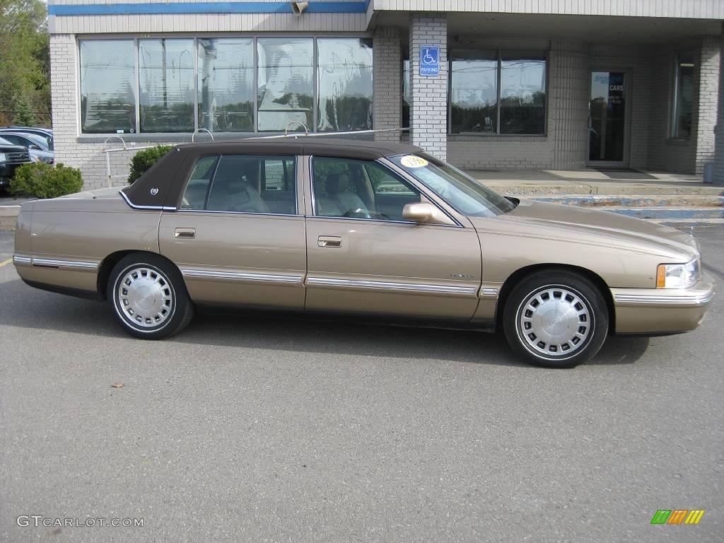 1999 Cadillac Deville Image 11